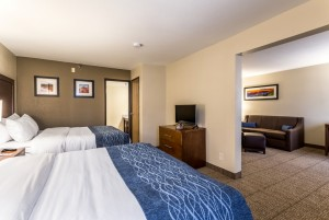 Comfort Inn & Suites Albuquerque - Two Queen Beds Suite